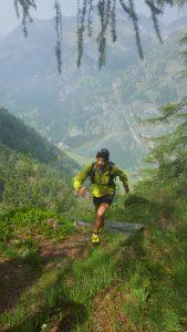 Running up to Alpenzu Grande